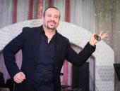 الملحن بهاء حسنى يسترجع ذكريات تسعينات الغناء مع هشام عباس