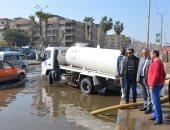 السكرتير العام لمحافظة الاسماعيلية يتابع أعمال شفط مياه الأمطار