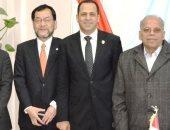 رئيس جامعة دمنهور يستقبل وفد يابانى لبحث سبل التعاون والتبادل العلمى