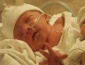 منتقبة تترك طفلا حديث الولادة داخل مستشفى قسم ثان دمياط وتهرب