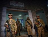 تجدد القتال بين الجنود الهنود والباكستانيين على طول خط المراقبة