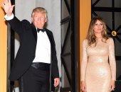 خبير لغة جسد يكشف: لماذا يتجنب ترامب إمساك يد ميلانيا علنًا؟