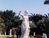 """رواد """"فيس بوك"""": سرقة تمثال من حديقة أنطونيادس بالإسكندرية"""