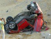 إصابة شخص فى حادث انقلاب سيارة ملاكى بوصلة دهشور بأكتوبر