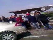 إصابة 4 أشخاص فى تصادم سيارة بالرصيف أمام قرية بالشرقية