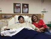 أسمن امرأة فى العالم تتلقى وعودًا من مستشفى إماراتى لاستكمال العلاج