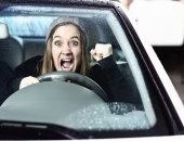 علماء يطورون تطبيقا لإخطار السائقين على الطريق بوجود حالة طوارئ