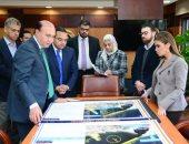 مميش يعرض خطة تطوير موانى قناة السويس على وزيرة الاستثمار
