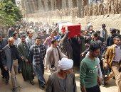 الآلاف يشيعون جثمان شهيد سيناء بمسقط رأسه بالدقهلية