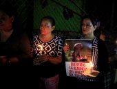 بالصور.. مظاهرات فى السلفادور احتجاجا على مقتل فرس نهر