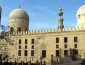 """بالفيديو.. """"المجارى"""" تدمر مسجد الأمير صرغتمش فى مصر القديمة"""