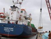 ميناء البرلس يستقبل 12 طردا لمحطة كهرباء فى كفر الشيخ