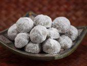 استشارى تغذية يقدم نظاما صحيا لمرضى القلب والسكر لتناول الكعك فى العيد