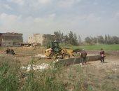 شكوى من تلوث الأراضى الزراعية بقرية دموه فى الدقهلية بسبب المخلفات الصناعية