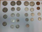 ضبط عامل بحوزته 67 قطعة من العملات الأثرية أثناء محاولته ترويجها فى سوهاج