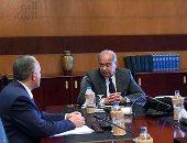 رئيس الوزراء يلتقي وزير الآثار لمتابعة موقف تمثال رمسيس بالمطرية
