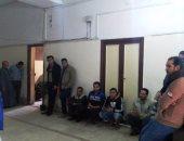 تجمهر المواطنين أمام مستشفى تلا المركزى عقب وفاة مواطنة مضربة عن الطعام