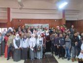 بالصور ..عرض 90 فكرة ابتكارية بكفر الشيخ لـ130 طالبا وطالبة بالتعليم الفنى