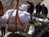 بالفيديو والصور.. بدء إجراءات نقل تمثال رمسيس من المطرية إلى المتحف المصرى