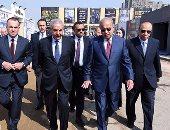 بالصور.. رئيس الوزراء يتفقد جناح وزارة الإنتاج الحربى بمعرض القاهرة الدولى