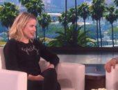 """بالفيديو. .كريستين بيل لـ إلين ديجينريس: """"مش هدخل بيتك تانى"""""""