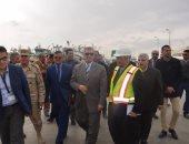 بالفيديو والصور.. محافظ كفر الشيخ يشهد إنهاء أعمال ميناء البرلس