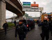 الحكومة الفرنسية تفرض غرامة 90 يورو على المتحرشين