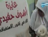 بالفيديو.. جدة تطوف شوارع القاهرة للمطالبة برؤية حفيدتها