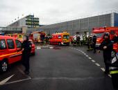 فرنسا تحقق رسميا مع مشتبه بهما فى حادث مطار أورلى