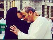 هبة يونس تكتب قصيدة لوالدها فى عيد الأم: شكرا يا أبويا