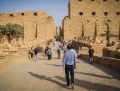 آثار الكرنك تكشف.. استخدام أحدث وسائل الترميم فى معبد خنسو بدلا من الأسمنت