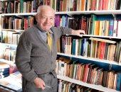 وفاة كاتب الجريمة البريطانى كولين ديكستر صاحب «المفتش موريس»