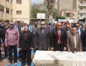 مدير أمن الإسماعيلية يشارك مدرسة طه حسين الإعدادية فى الاحتفال بعيد الأم