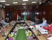 محافظ الدقهلية يلتقى مسئولى وزارة الإنتاج الحربى لتطوير المجازر