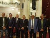 بالصور .. بدء توافد أعضاء ونواب المصريين الأحرار للمشاركة بانتخابات الحزب