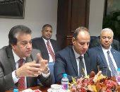 بالصور.. وزير التعليم العالى يجتمع بقيادات البحث العلمى بالإسكندرية