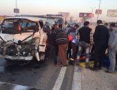 إصابة 8 فى حادث تصادم سيارتين بطريق قنا الصحراوى الغربى