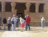 بالصور .. وفود من 4 جنسيات يزورون منطقة آثار تونا الجبل بالمنيا