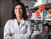 """مؤسس """"فيس بوك"""" يمنح امرأة عربية جائزة """"أوسكار العلوم"""" و 3 ملايين دولار"""
