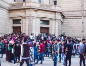 إصابة 8 أفراد أمن بجامعة القاهرة نتيجة تدافع الطلاب على حفل تامر عاشور