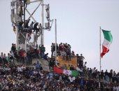 بالفيديو والصور.. 100 ألف مشجع يرجون مدرجات إيران أمام الصين