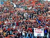 جماهير روما تعود لمدرجات الديربى بعد عامين من المقاطعة