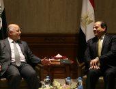 مصدر: العبادى يزور القاهرة لساعات للقاء الرئيس السيسي لبحث أزمة كردستان