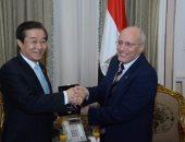 وزير الإنتاج الحربى يبحث مع كوريا والمجر سبل التعاون فى مجالات التصنيع