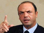 وزير داخلية إيطاليا يستنكر فرض قيود على مواقع التواصل الاجتماعى