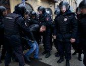 الداخلية الروسية: شرطى يفتح النار على زملائه بموسكو ويقتل واحدا ويصيب آخر