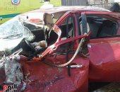 إصابة شخصين فى حادث تصادم سيارة ومقطورة بطريق الإسكندرية الزراعى