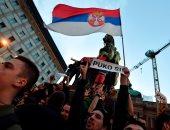 الآلاف يحتجون في صربيا ضد الاعتداء على سياسي معارض