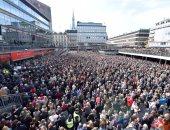 بالصور.. مسيرة فى السويد للتنديد بحادث الدهس فى ستوكهولم