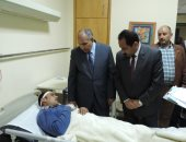 مساعد وزير الداخلية ومدير أمن الإسكندرية يزوران مصابى حادث كنيسة مار مرقس